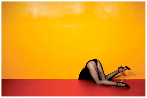 guy-bourdin-charles-jourdan-advertisement-1979-bn